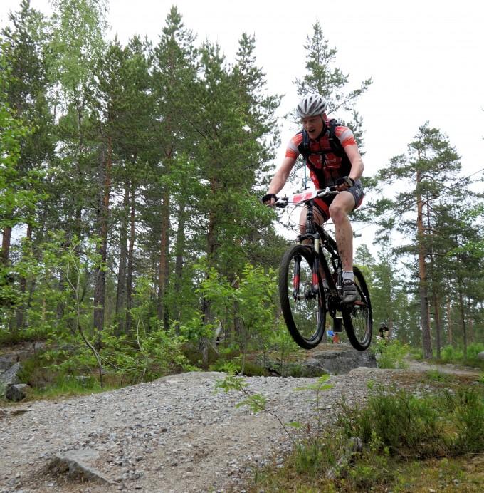 Peter Sjölund flyger